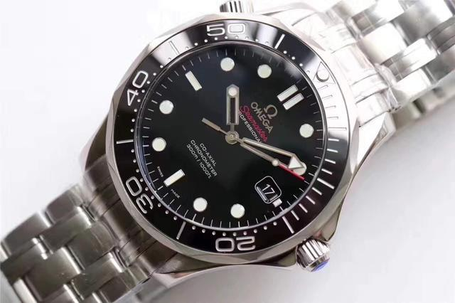 Seamaster fake watches with black dials are famous.